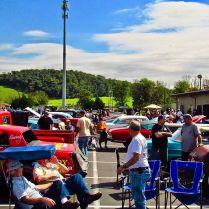 Center down of car show